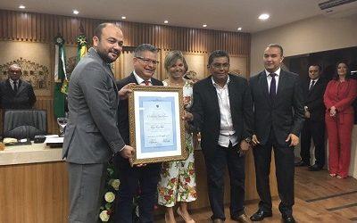 Presidente da Fequimfar recebe título de cidadão Natalense